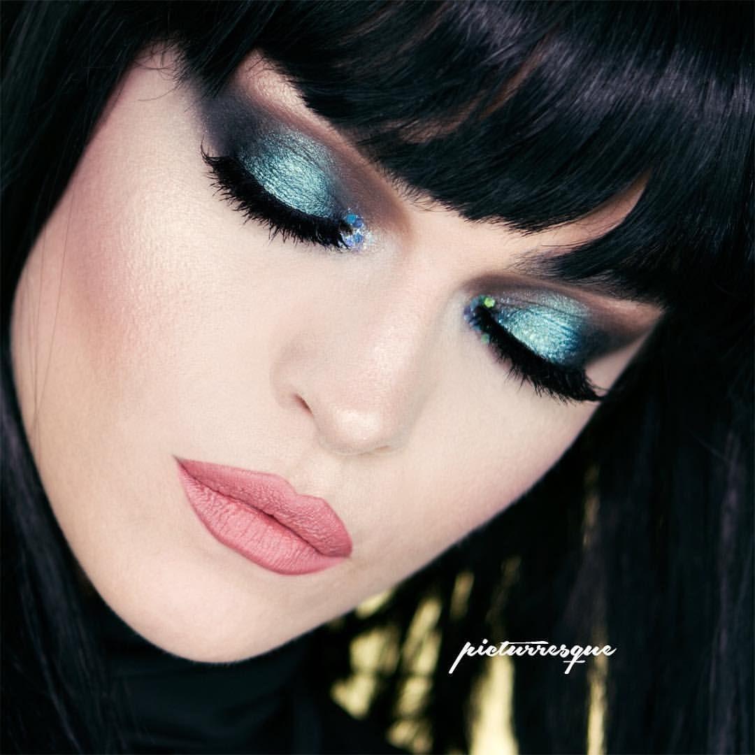 N I G H T R I D E R  Kat von D - Shadow + Light Eye contour Palette  Kryolan - Pigment SP 783 Zoeva- Black to earth Eyeliner  Make-up Factory- Spectacular curves mascara  NYX - Sirene Mermaid •LIPS  NYX - Soft Matte Athens #katvondbeauty #kryolan #zoevacosmetics #zoeva #makeupfactory #nyxcosmetics #nyxsoftmattelipcream #strobeyourego  #makeuplover #makeupmafia  #wakeupmakeup #wakeupandmakeup #undiscovered_muas #makeupfanatic1 #vegasnay #makeupaddiction