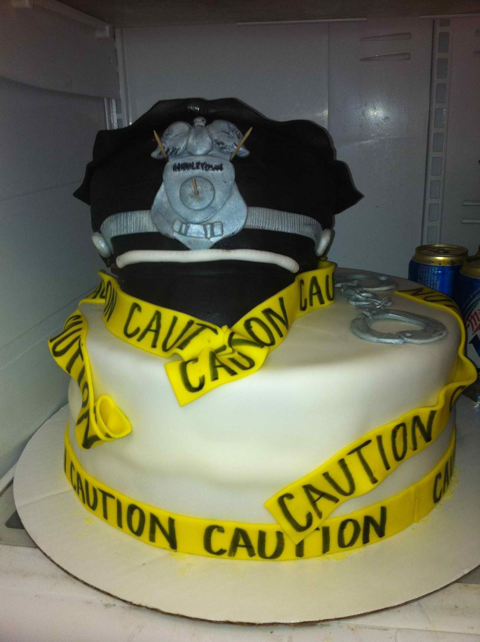 Policeman Cake Design : Police cake Completed cakes Pinterest Police, Cakes ...