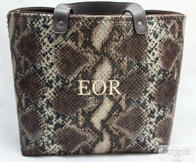 www.nordestehadbags.com #nordestehandbags #nordeste #chic #handmade #handbags #bags #clutch # #iniciales #bolsobordado #fashion #personalizado #tudiseñastubolso #santander #barcelona