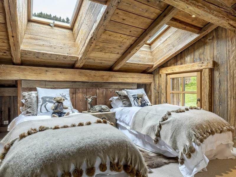 Megeve 5 Bedroom Chalet With Mont Blanc View Ski In Ski Out Boan Immobilier Meg Rustikales Haus Schlafzimmer Skihutte Dekor