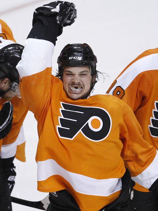 Hockey S Best Toothless Smiles Nhl Hockey Players Hockey Hockey Players