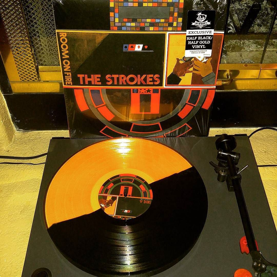 Alex On Instagram The Strokes Room On Fire Nowspinning Vinylcollection Vinilos Vinyligclub Acetatos Vinylclub Vi Vinyl Chance The Rapper The Strokes