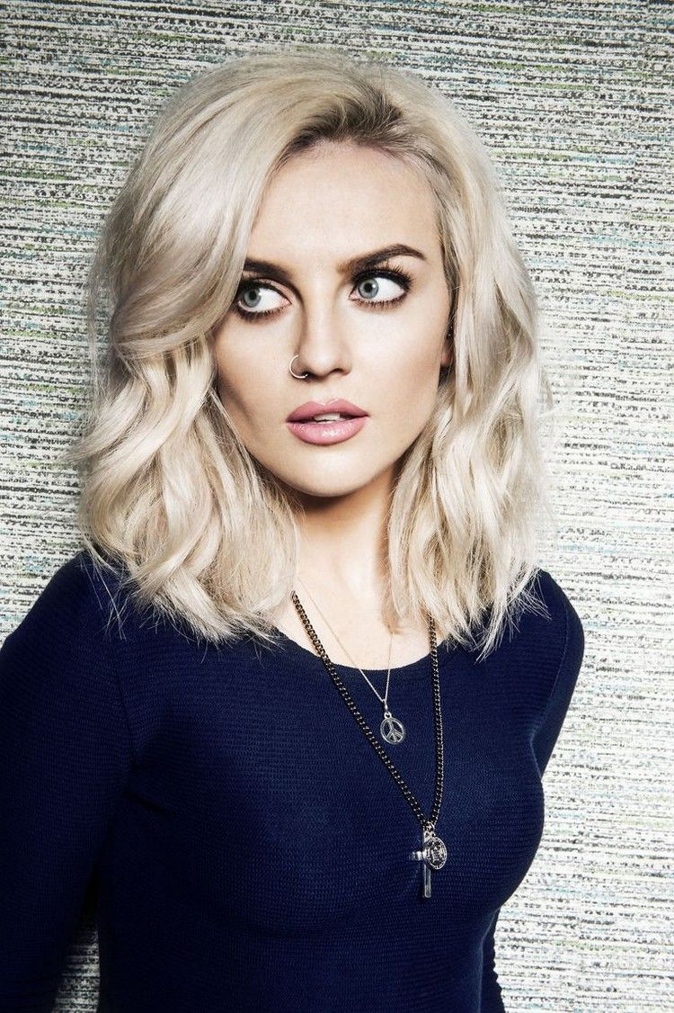 Frisuren halblang 8 für Damen: 8 der trendigsten Stylings