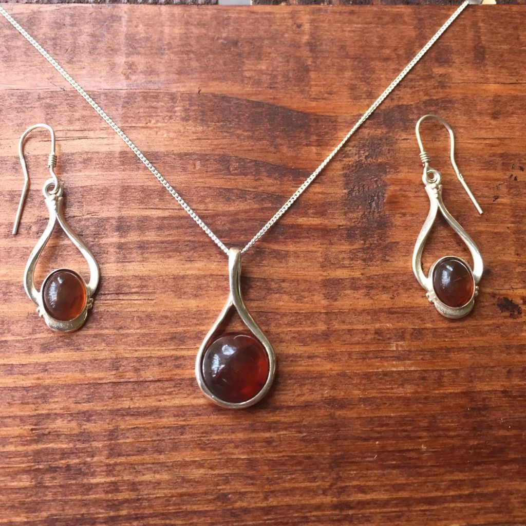 amber set necklace and earrings inch chain amber chains