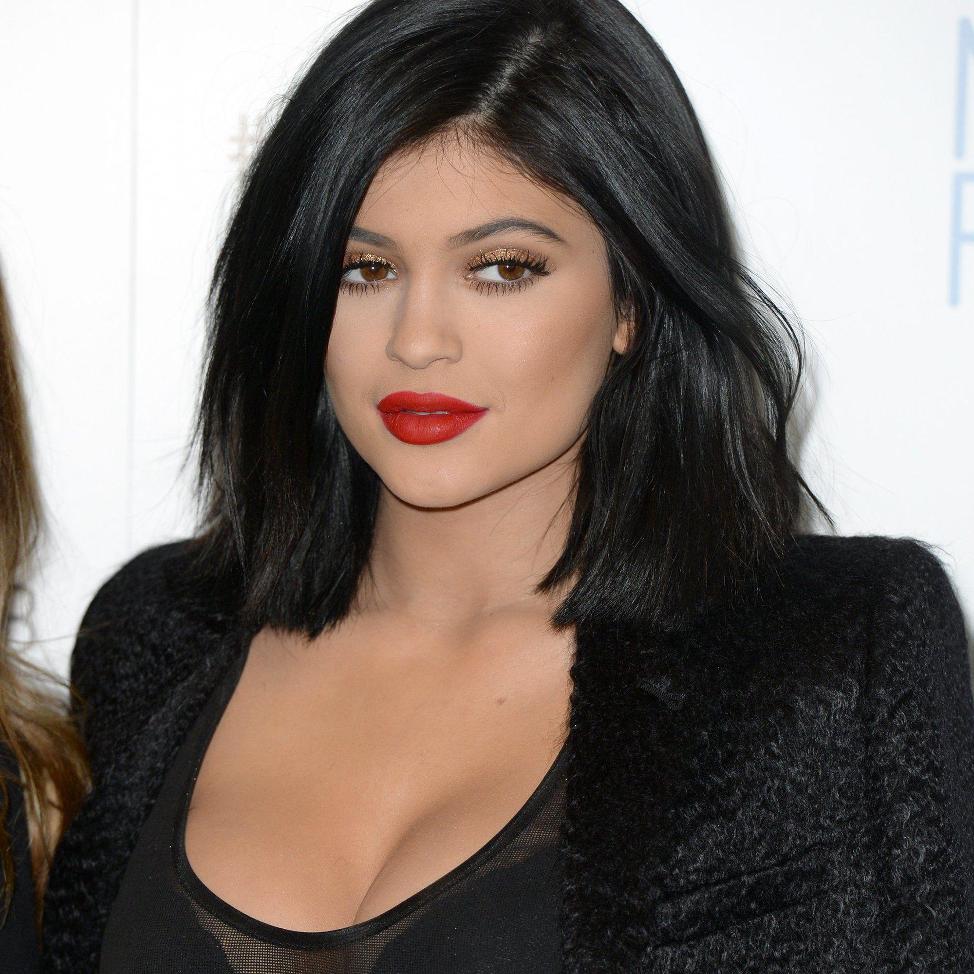 Le carre droit de Kylie Jenner Idées coiffures