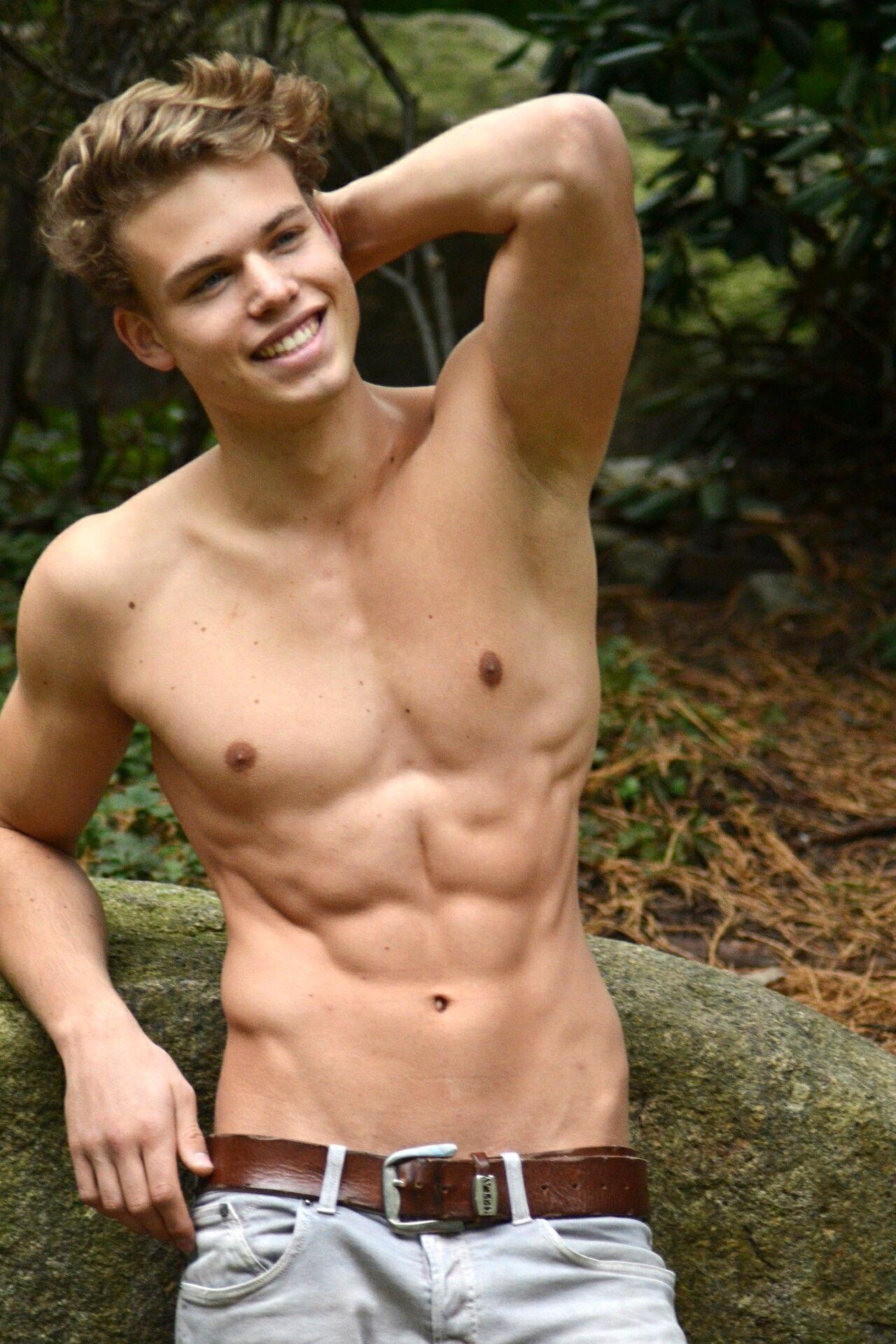 Source: somethingspecial4u   Cute Boys Showing Armpits