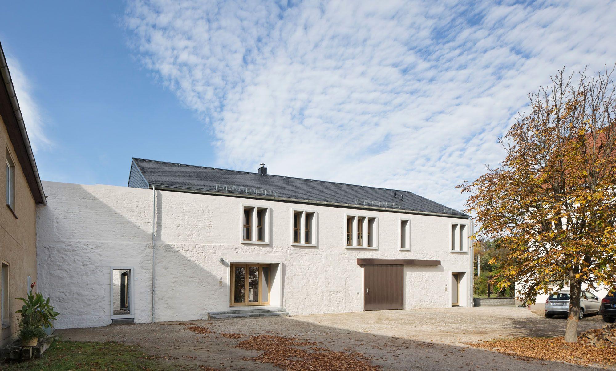 umbau einer scheune in sermuth schiefer wohnen efh we love barns. Black Bedroom Furniture Sets. Home Design Ideas