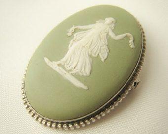 ANTIQUE Wedgwood Muse Cameo Item No. 8322 0317 Porcelain Cameo B66 Antique Cameo Pin
