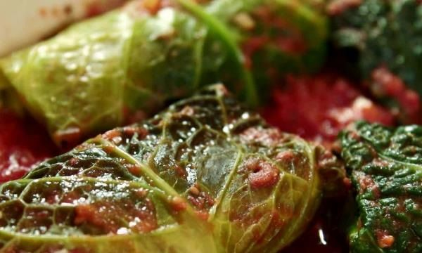 How to Make Pork and Cabbage Involtini 'Roll Ups' With Tomato Sauce