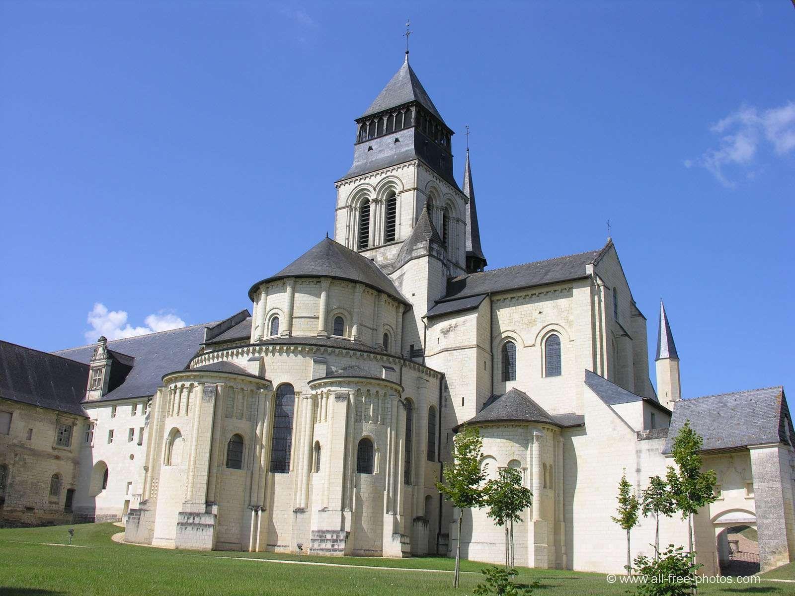 ✈ aérienne de Fontevraud l Abbaye Maine et Loire 49