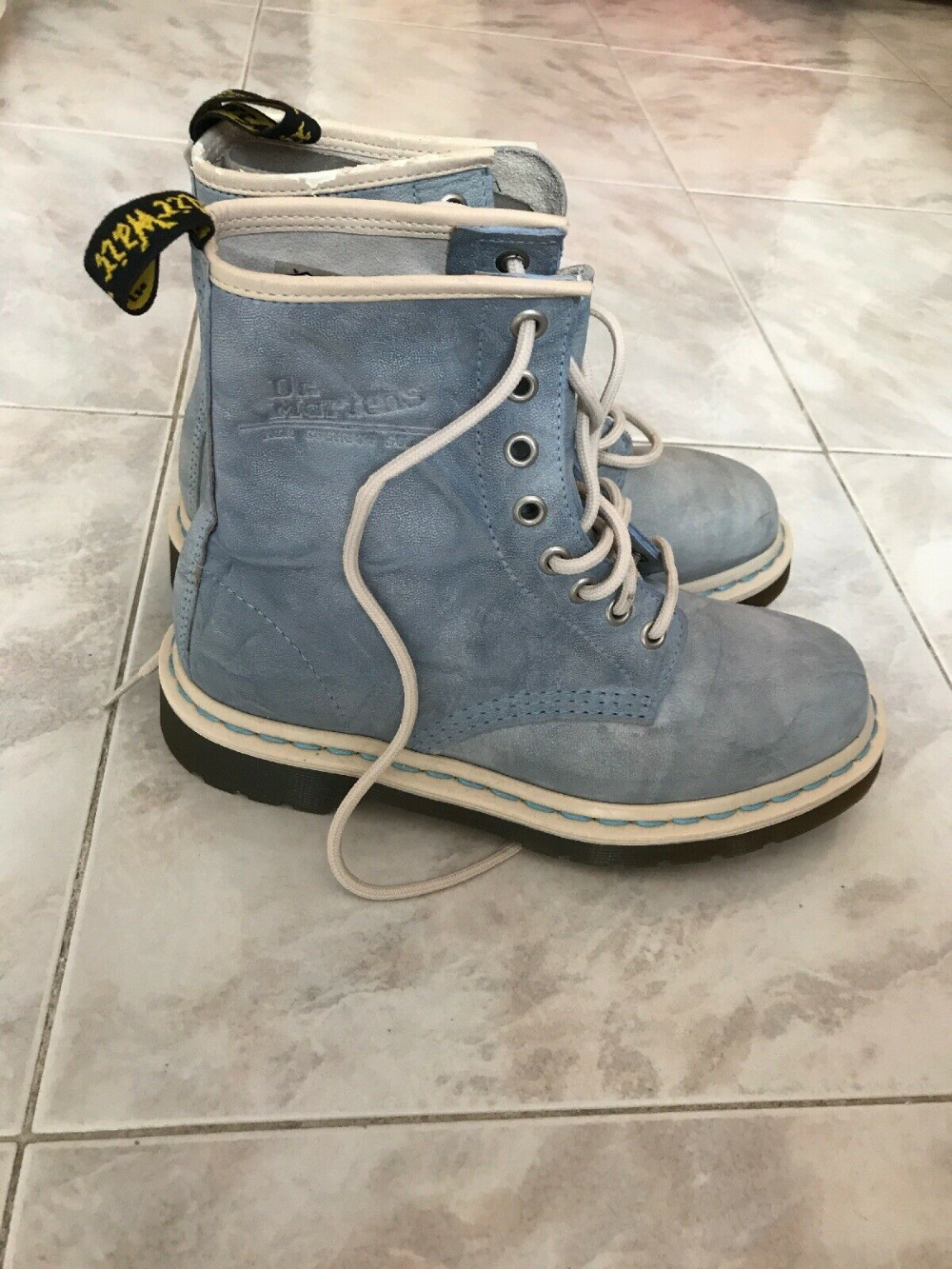 RARE LEATHER DR MARTENS BABY BLUE SIZE