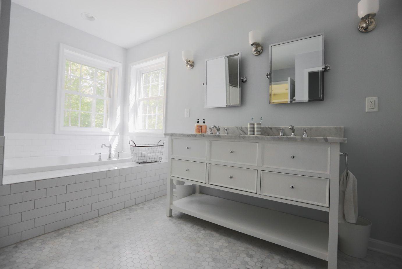 6a00d8341dabcb53ef017d40d60d7b970c pi 1 382 922 pixels for Master bathroom grey tile