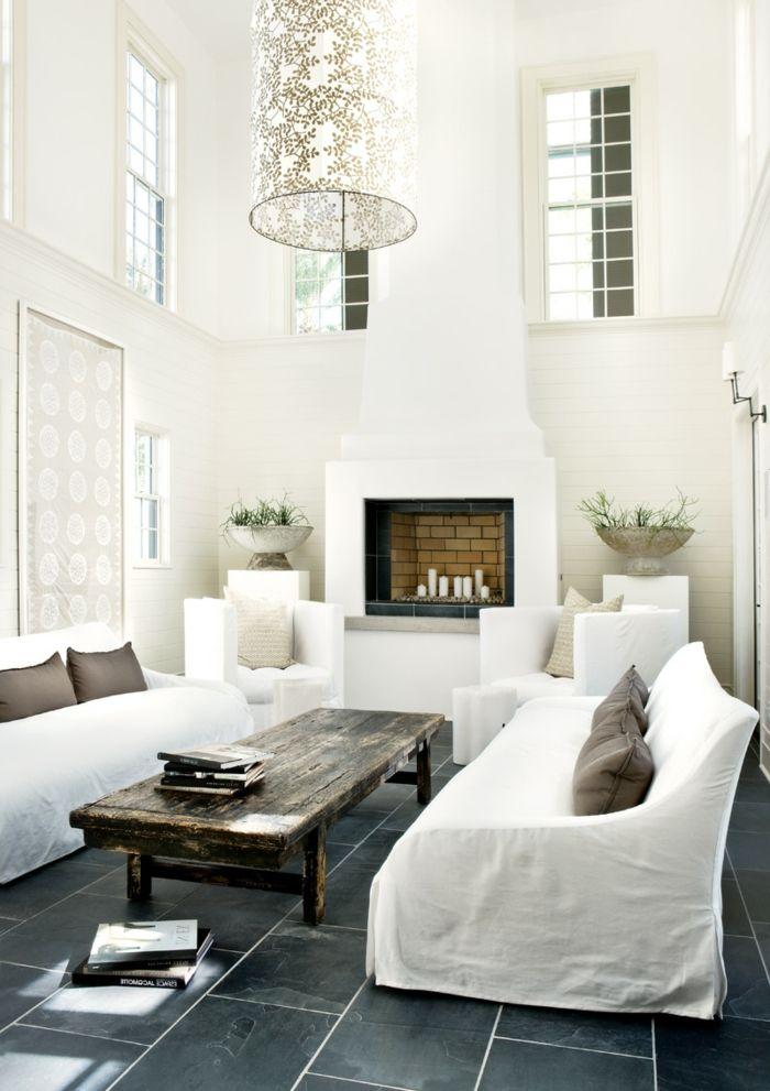 Bodenfliesen Wohnzimmer Weiße Wohnzimmermöbel Rustikaler Couchtisch Leuchter