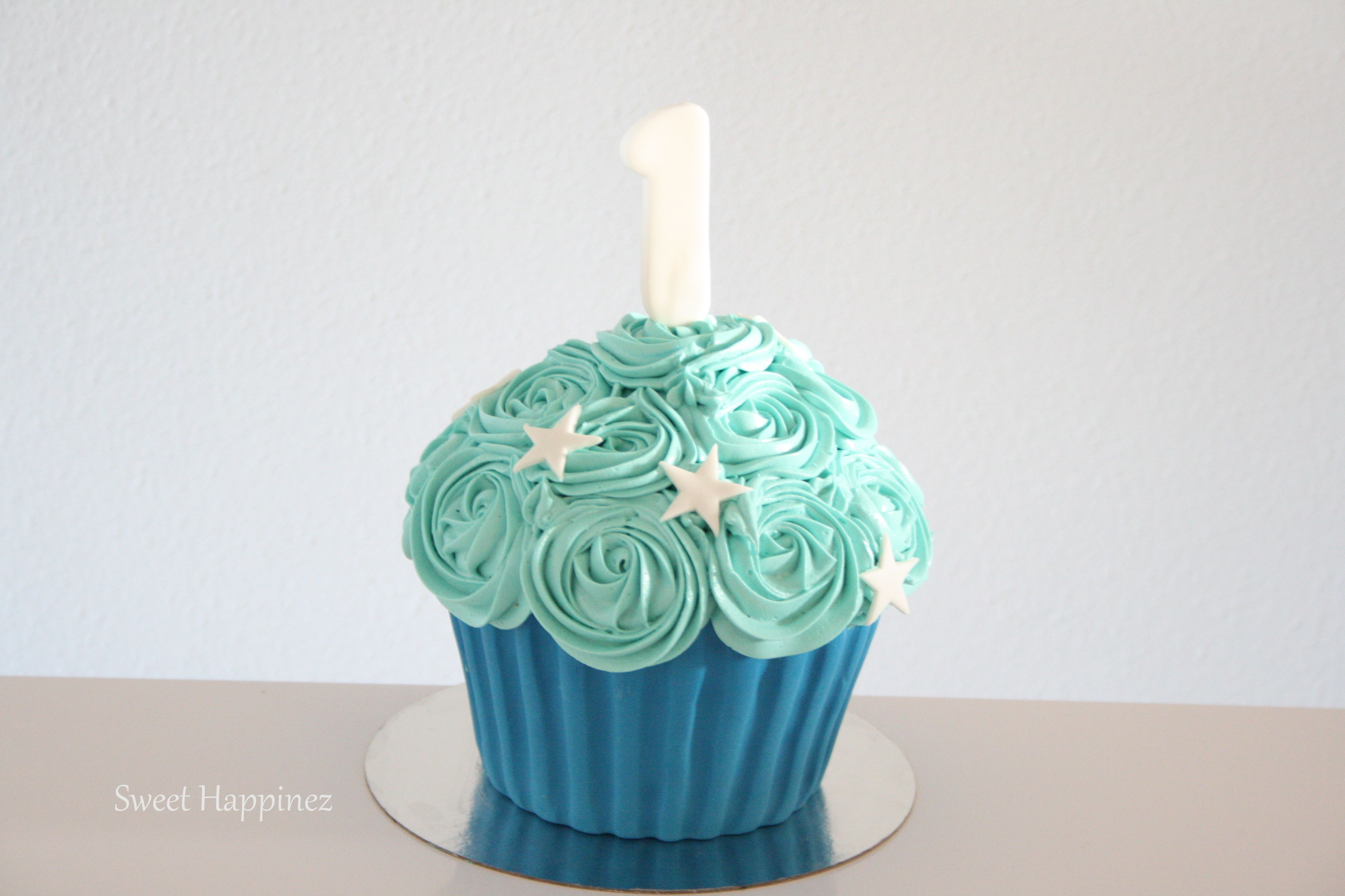 Giant Cupcake - Blue With Stars