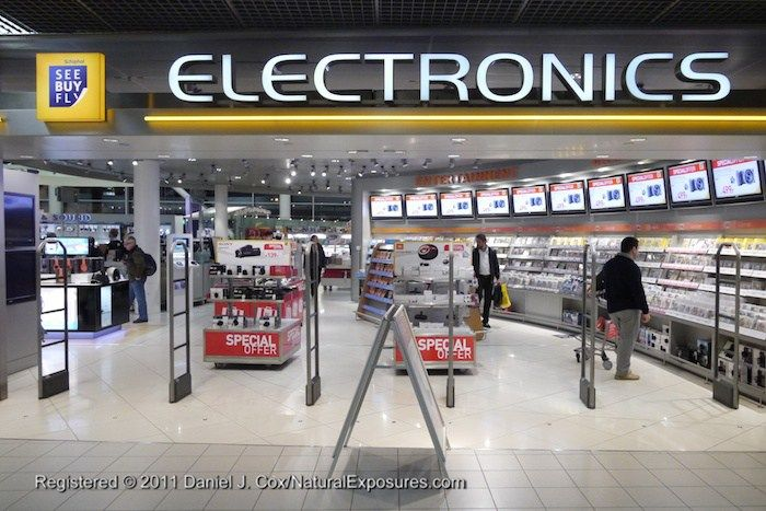 The See Buy Fly Electronics Store In The Schiphol International Airport In Amsterdam Netherlands Electronic Shop Buy Electronics Electronics Logo Design