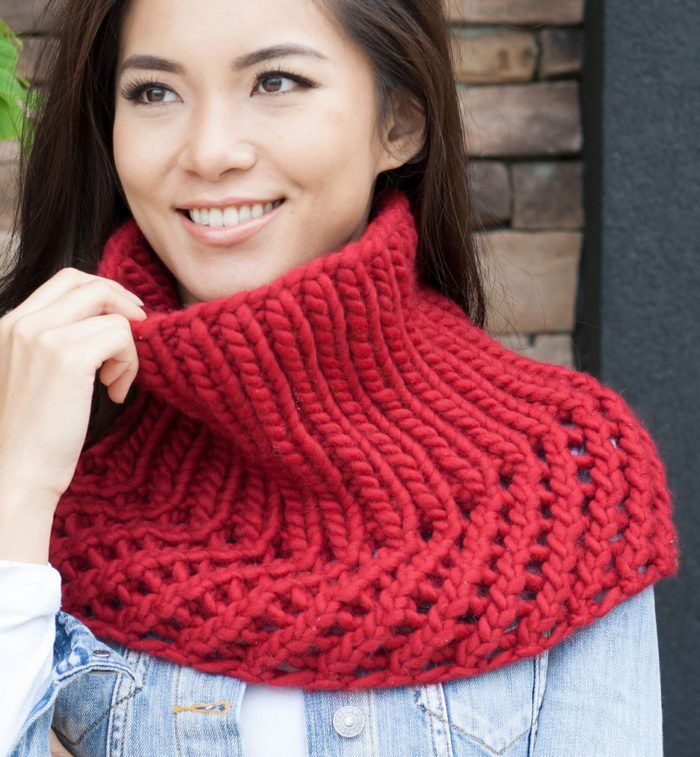 Free Knitting Pattern for Ribbed Cowlet - This easy cowl/ shoulder ...