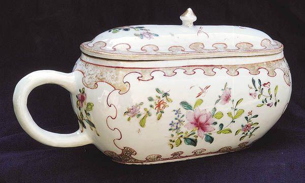 Ladies bourdaloue urinal for under the dress chamber - Pot de chambre antique ...
