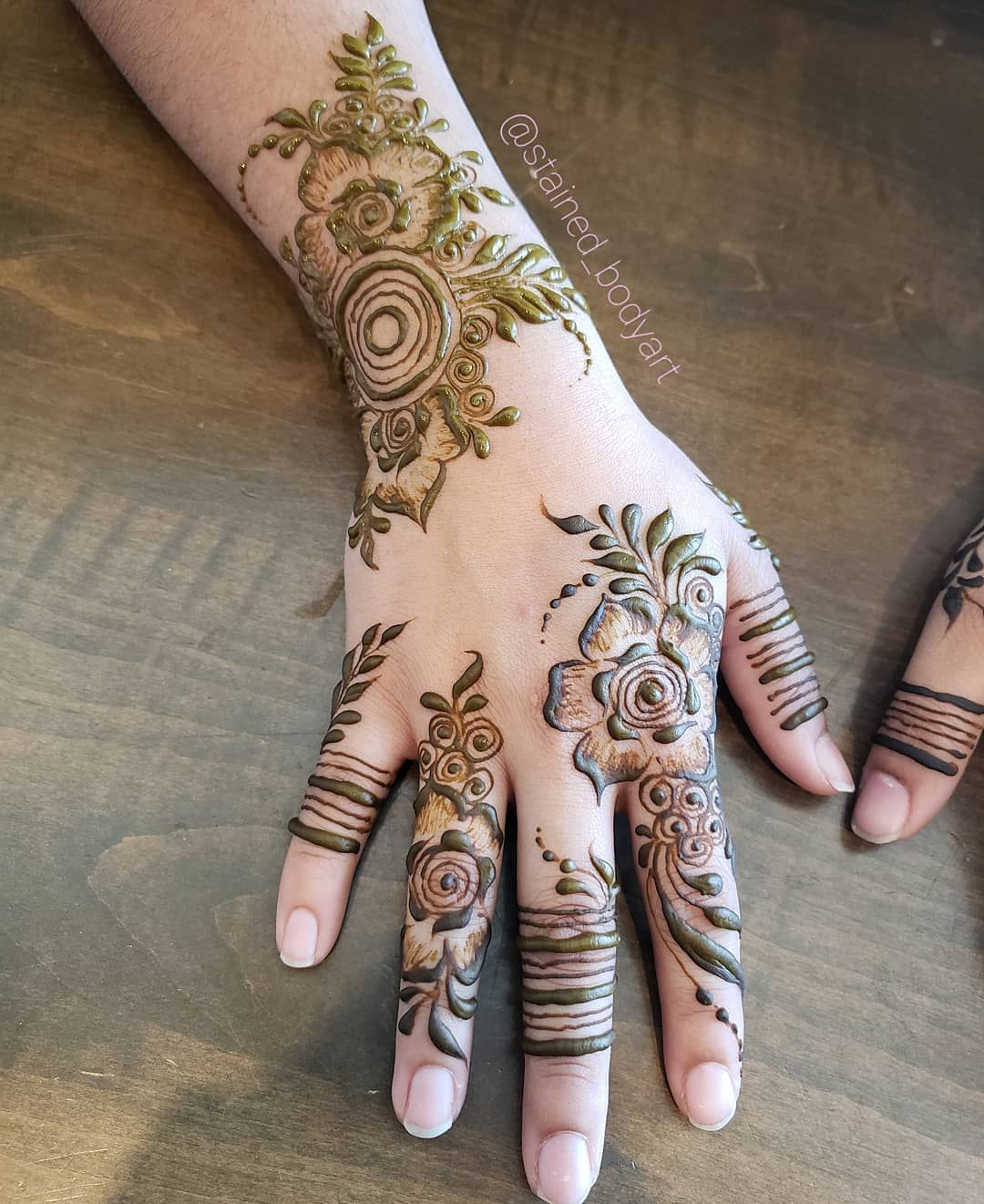 Arabic persian gulf style henna also designs hand rh ar pinterest