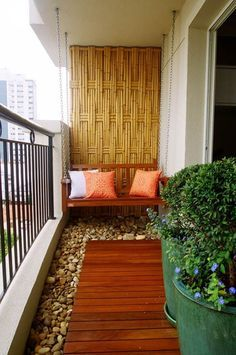 pequenas varandas e jardins | patios, apartments and decorating - Condo Patio Privacy Ideas