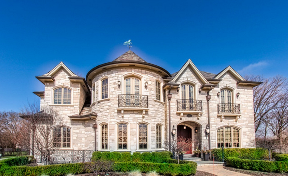 10 000 Square Foot Stone Mansion In Northfield Il Stone Mansion Mansions Mansions For Sale