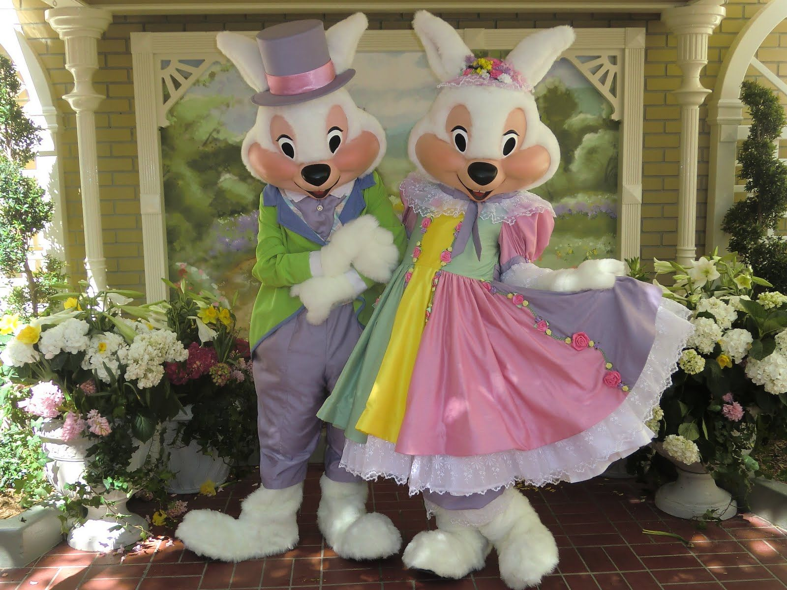 Mr and Mrs Easter Bunny Walt Disney World