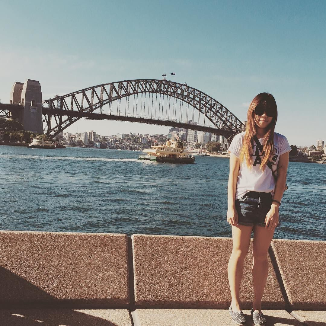 #20151214 Im taller than the bridge  . #travel #travelling #sydneyharbourbridge #harbourbridge #circularquay #sydney #australia #여행 #하버브릿지 #시드니 #여행스타그램 by olivia_ooooo http://ift.tt/1NRMbNv