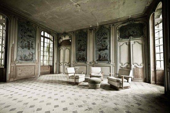 chateau des singes - abandoned