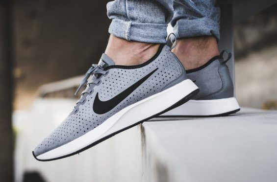 best sneakers c5067 9fcbb Cool Grey Lands On The New Nike Dualtone Racer Premium