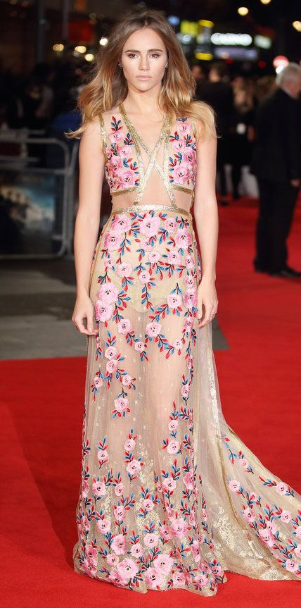 Look of the Day | Suki waterhouse, Red carpet and Gowns