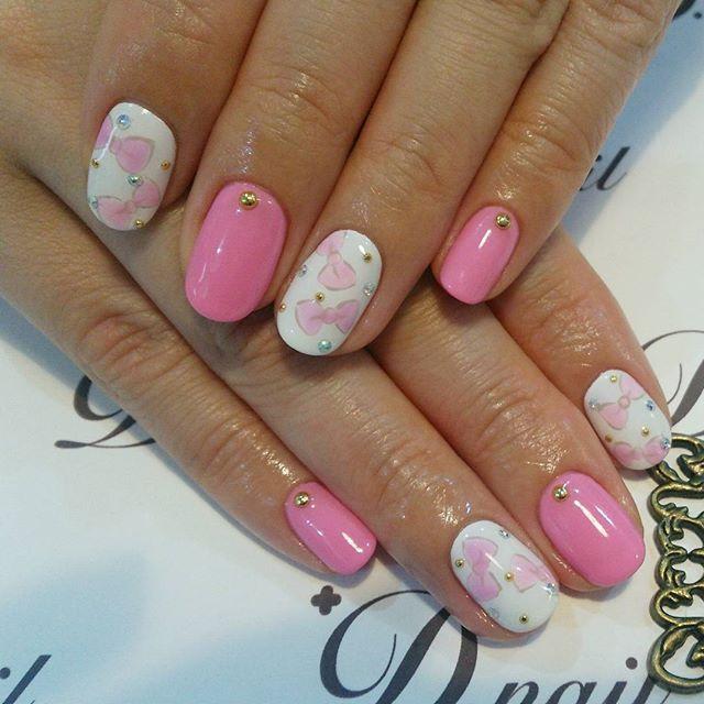 久々に趣味全開、リボンネイル✨ #ネイル #ネイルデザイン #ジェルネイル #リボンネイル #ピンクネイル #ワンカラー #nailgram #nail #nails #ribbon #ribbonnail #pink #pinknails
