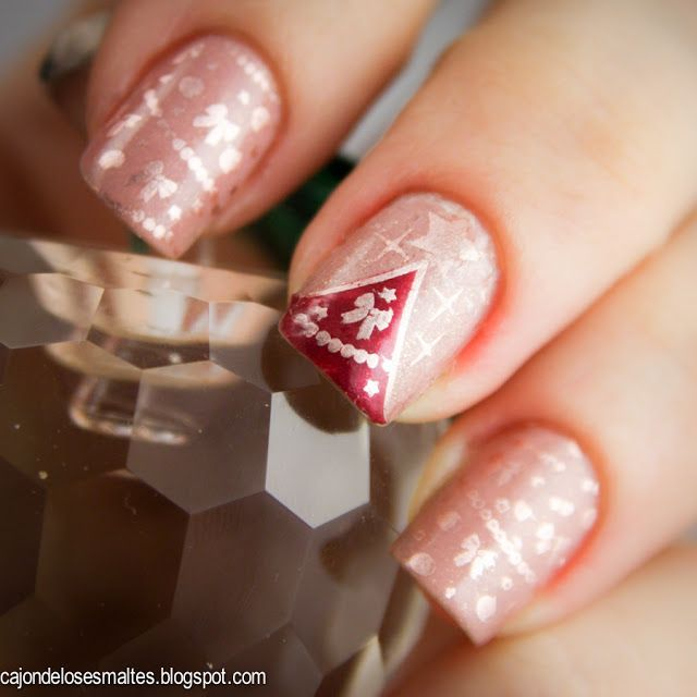 Christmas Tree Nail Art And Decoration Stamping With Moyou Plates