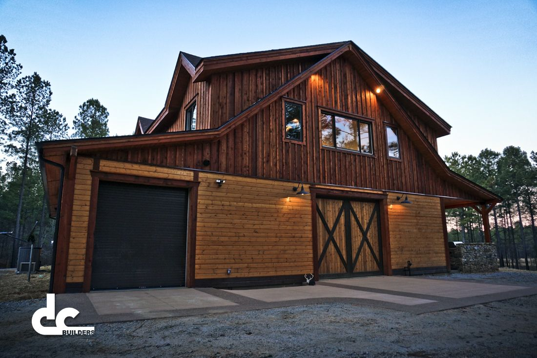 Custom wood horse barn with living quarters barn pics for House horse barn plans