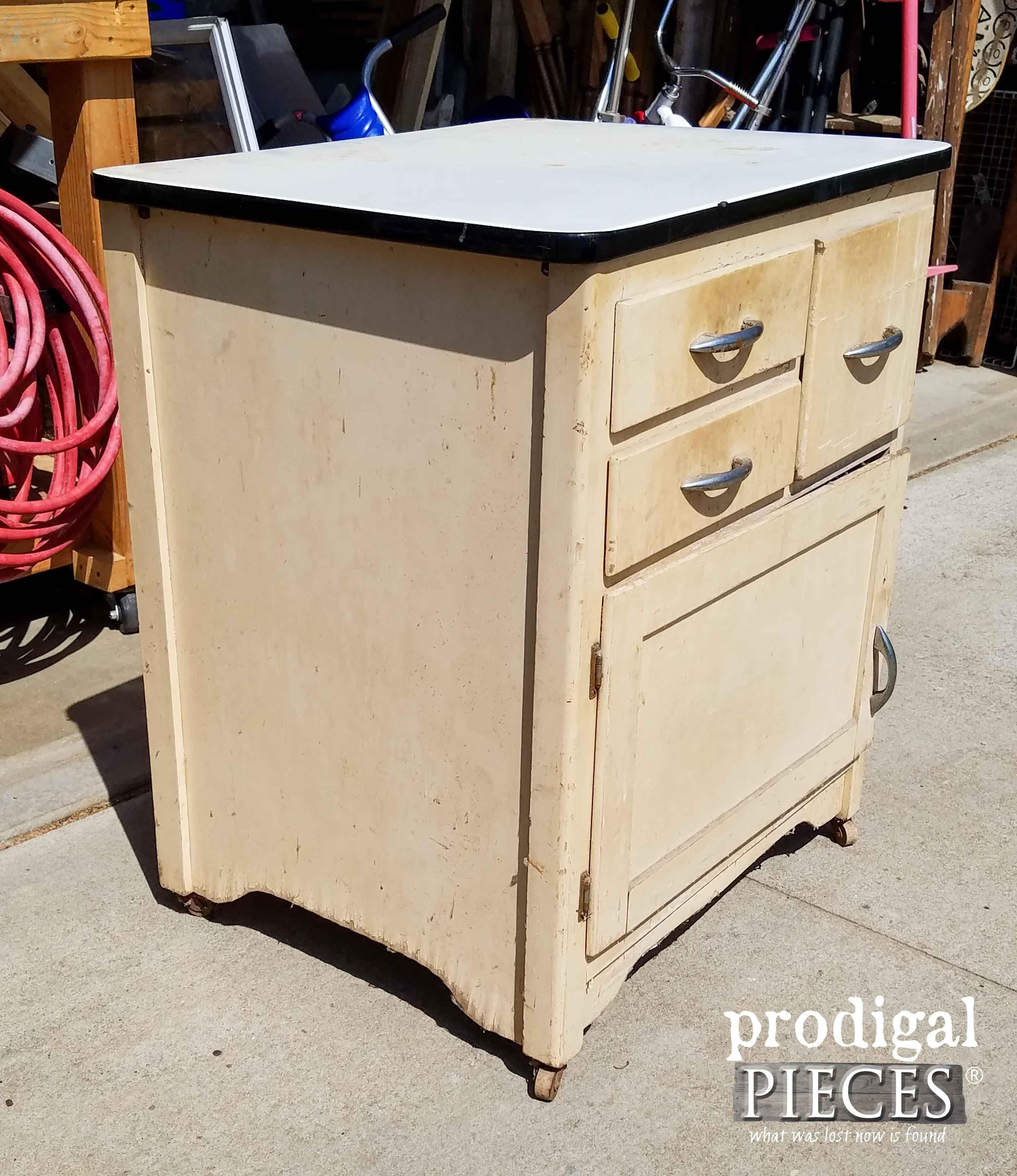 Side Of Enamel Cabinet With Damage Prodigal Pieces Prodigalpieces Com Vintage Metal Cabinet Painting Metal Cabinets Metal Kitchen Cabinets