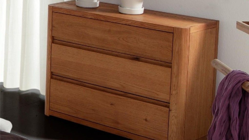 Amazing Hasena Aida Modern Solid Oak Chest of Drawers