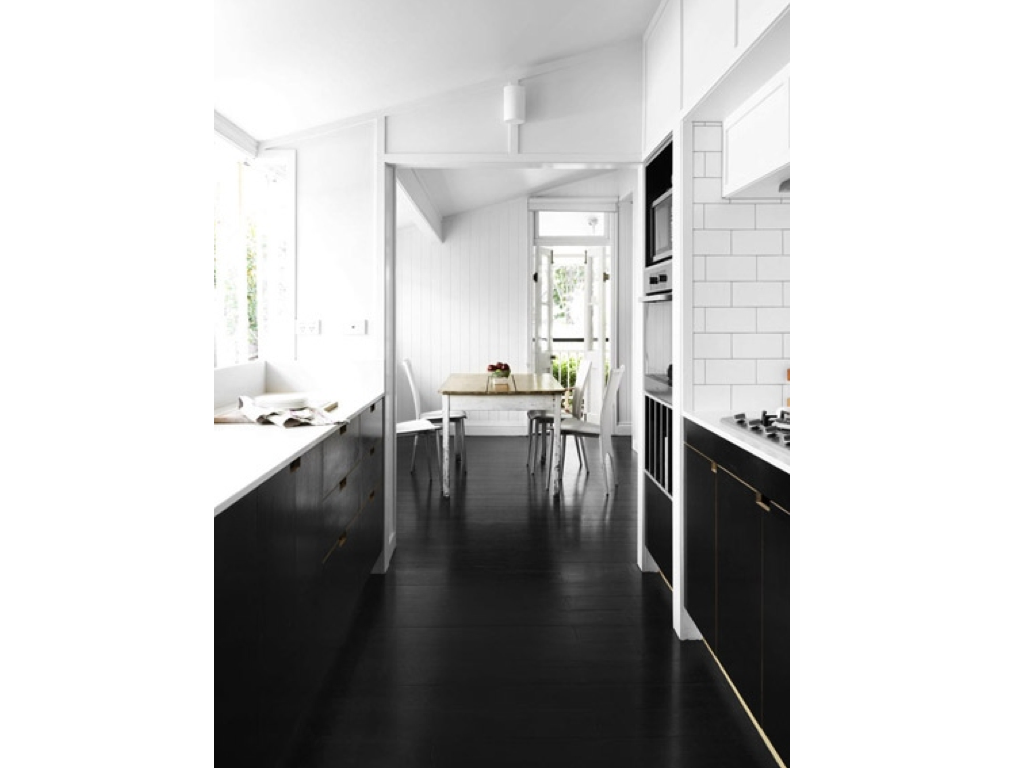 WEST END COTTAGE: Timber Floor Finishes