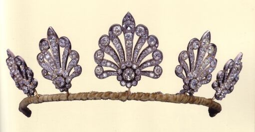 Harewood Honeysuckle Tiara, United Kingdom (ca. 1865; diamonds). A gift from Queen Mary to her daughter Princess Mary, Princess Royal and Countess Harewood.