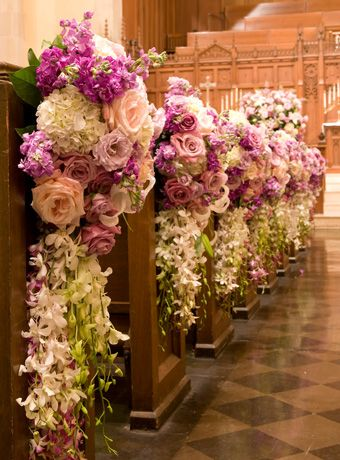 Gorgeous florals for the pews