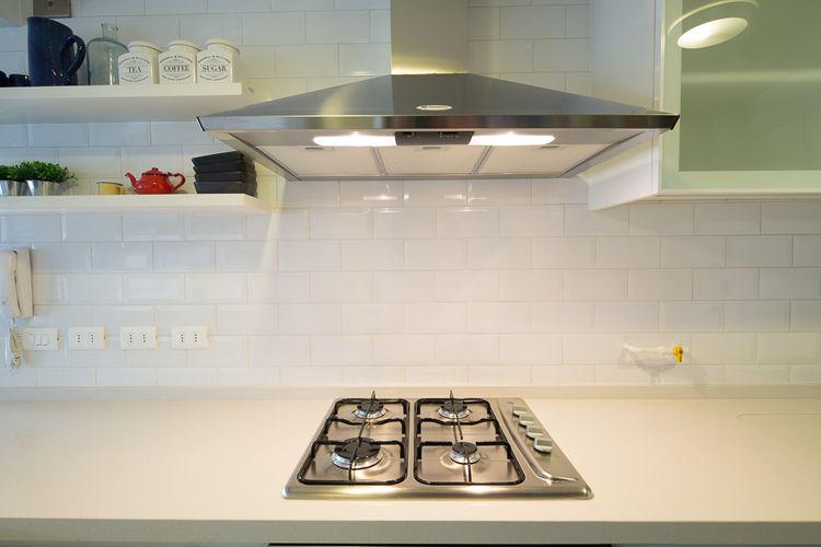 Salpicadero cerámicas blancas estilo metro - Cocina de D Project