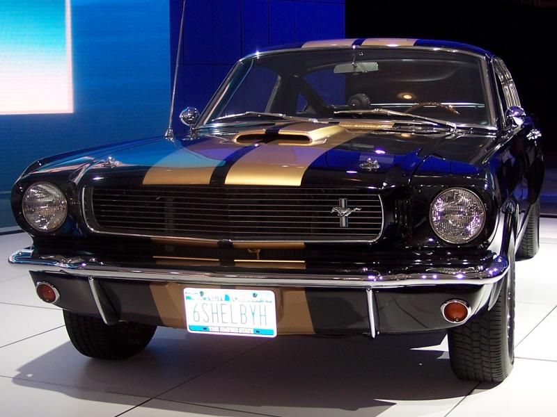 the 1966 shelby gt 350 h driven by tom cruise in war of the worlds rh pinterest com
