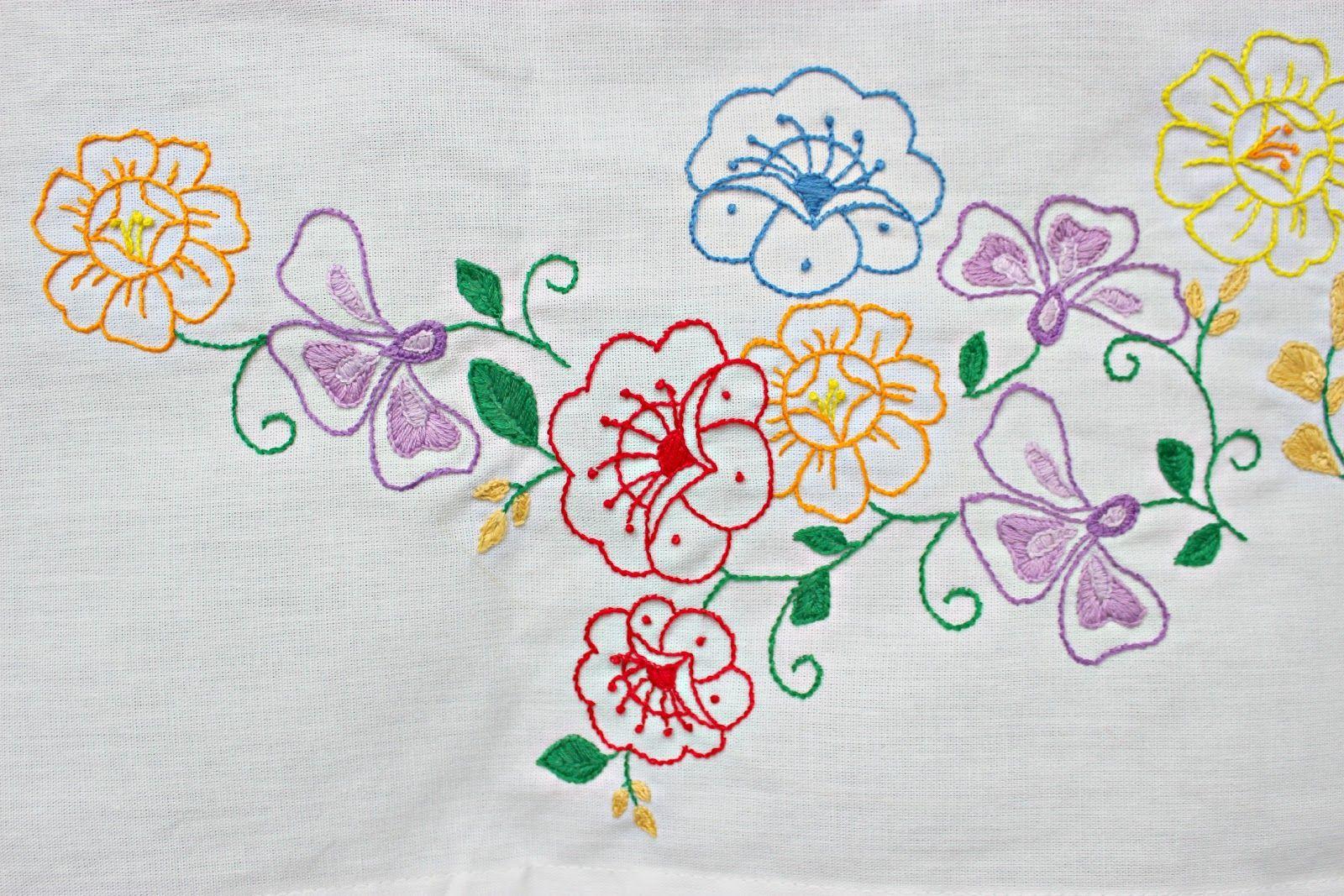 hand embroidery designs for bed sheets - Hľadať Googlom   Designs ...
