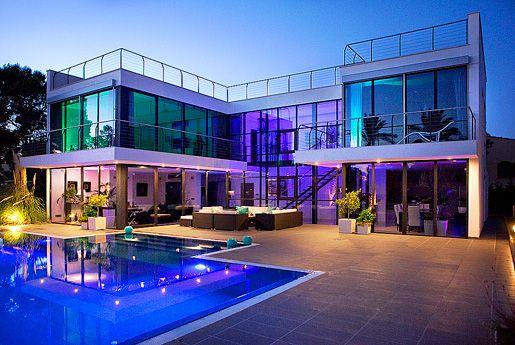 For sale impressive newly built family villa in Sol de