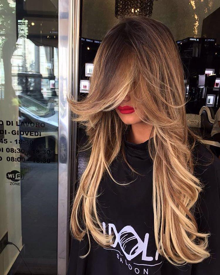 capelli lunghi con extension