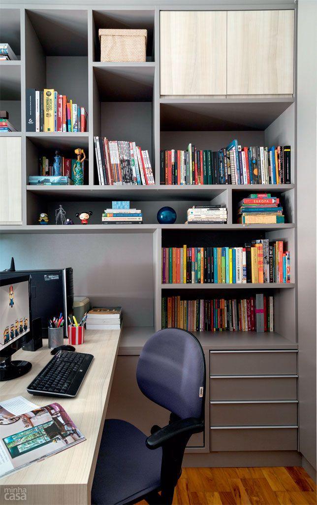 Canto da bagunça vira home office com marcenaria caprichada - diseo de escritorios