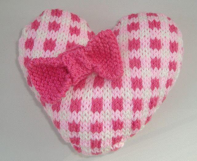 Knitted Heart Pattern Valentine Crochetknit Pinterest Heart