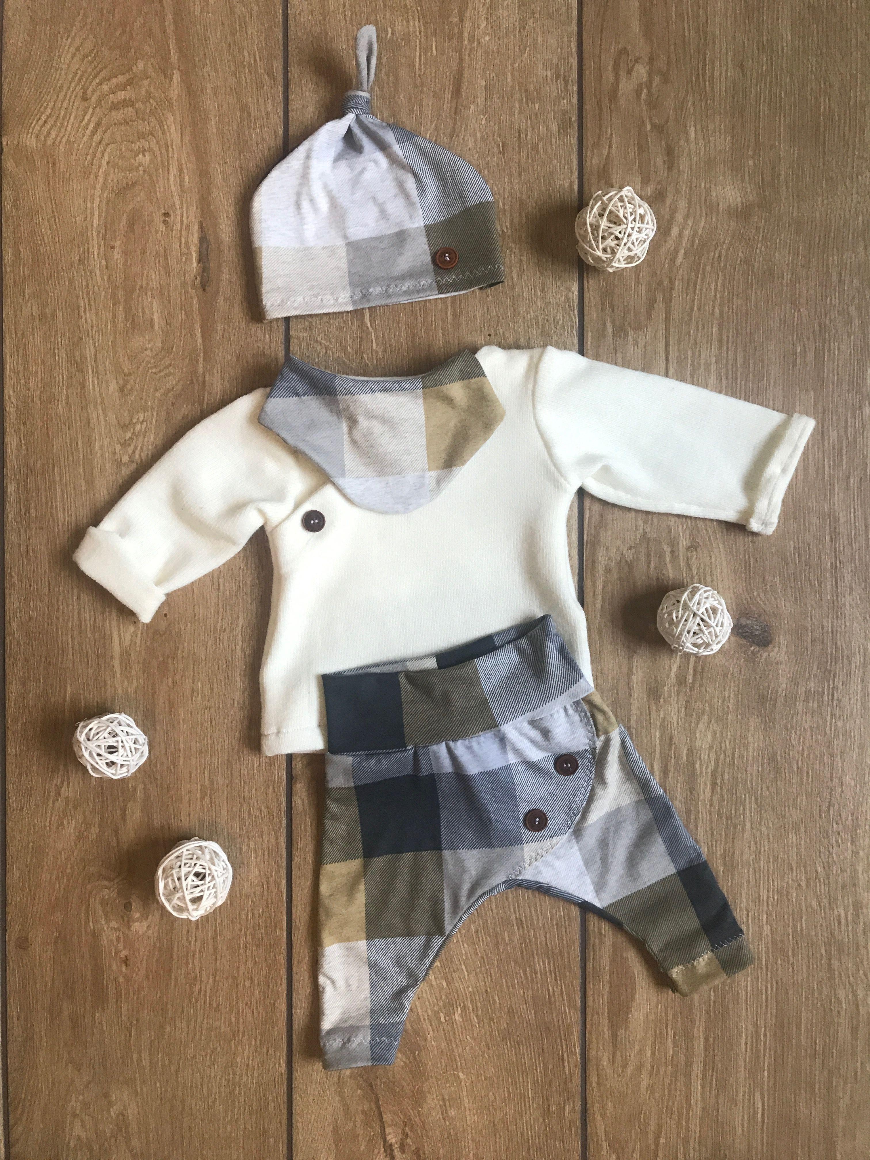 Selbstgenahte Babykleidung Set Benjamin Button Goldfaedchen