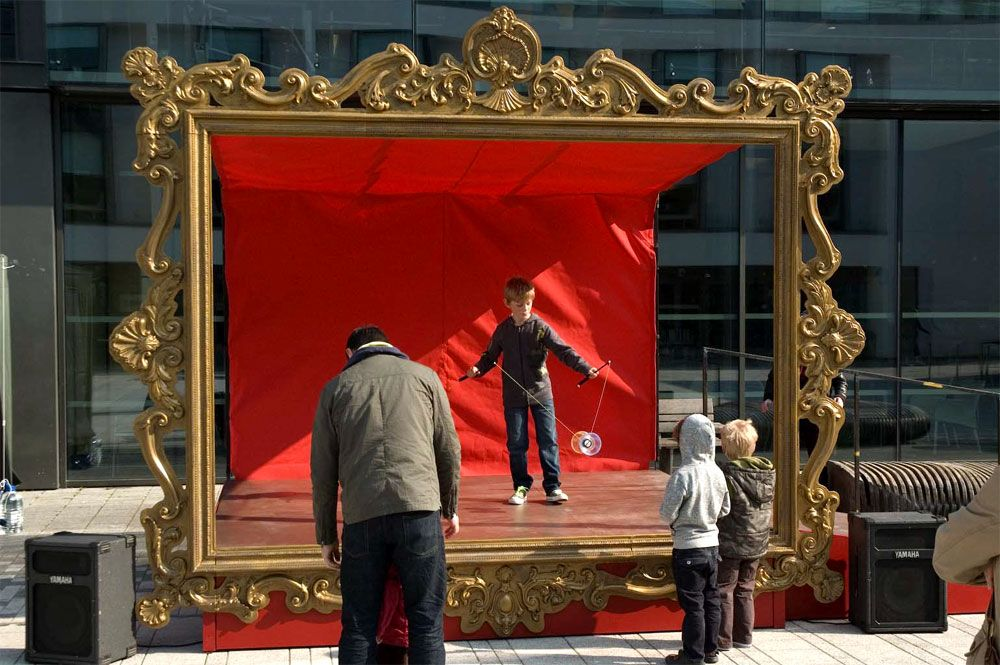 Plunge Productions :- Giant gold frame | VBS stuff | Pinterest ...