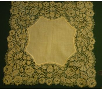 """""""rose and thistle"""" Lester design....Bedfordshire lace....recreated by Mrs. Pat Hansford"""