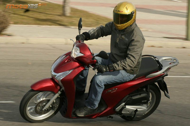 Honda SH Scoopy ABS