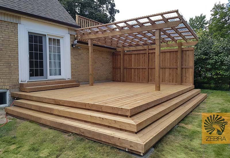Deck covered with corrugated plastic transparent panels ...