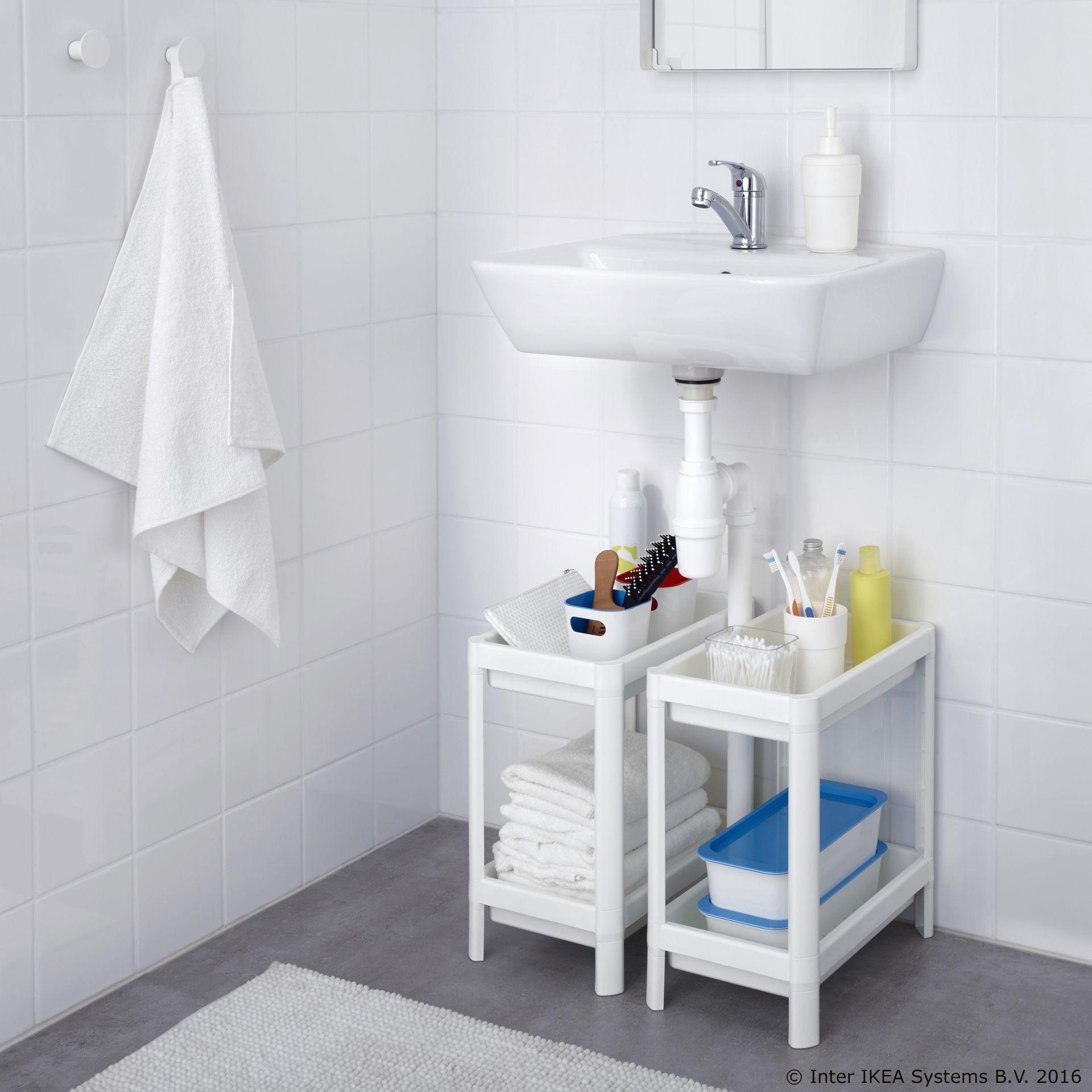 VESKEN regal izrađen od reciklirane plastike idealan je za male kupaonice Širina 23 cm Dubina 36 cm Visina 40 cm Maks nosivost police 13 kg Cijena